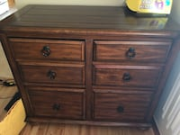Wooden filing cabinet with 2 legal size file drawers and 4 drawers. Excellent condition New Haven, 06514
