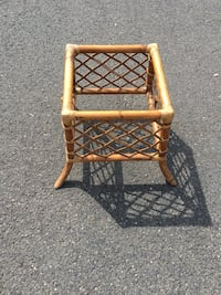 Rattan coffee table with 36 in round glass top not shown still packed  Belmar, 07719
