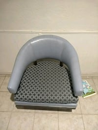 Chair for sale. Free delivery. Phoenix, 85053