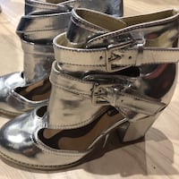 Nasty gal silver  boots Los Angeles, 91403