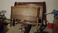 antique sleigh bed Bethany, 73008