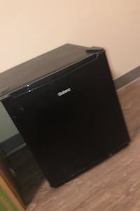 Mini fridge