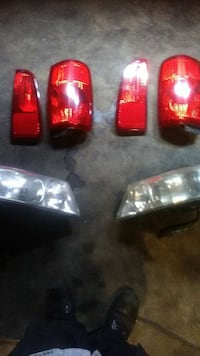 Lincoln navigator headlight's/ taillights Milwaukee, 53216