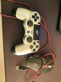 PS4 DualShock 4 and Gaming Mouse Greater London, W13 0NZ
