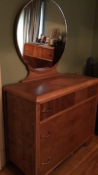 brown wooden dresser with mirror Longueuil, J4V 1N8