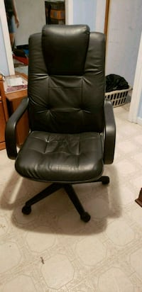 Leather desk chair Winchester, 22602