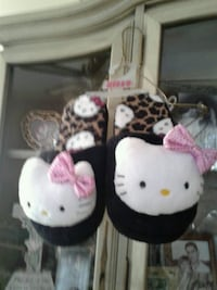 Hello Kitty plush Slippers  Size L 9-10 Silver Spring, 20904