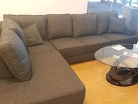 gray and black sectional couch Montréal, H1G 2T6