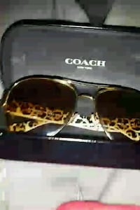 authentic coach glasses female mint condition  Toronto, M1C 5A6