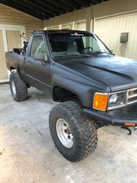 Toyota - Hilux - 1986 for sale or trade  Columbia