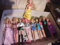 Old barbie dolls 11 to day only going to newyork . Detroit, 48219
