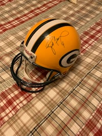 BRETT FAVRE SIGNED FULL SIZE AUTHENTIC FOOTBALL HELMET!