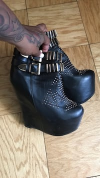 Jeffrey Campbell ( super wedge bootie size 8 New York, 11239