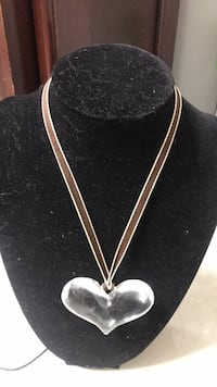 plastic heart necklace vintage Sterling Heights, 48313