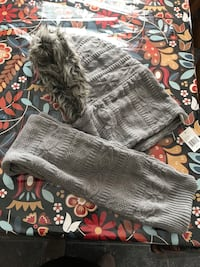 Mukluks hoodie scarf Grey new with tags