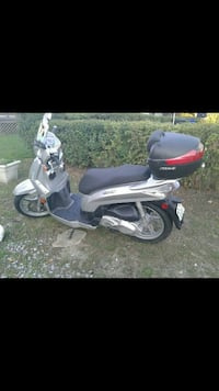 Gray and black scooter motorcycle