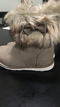 gray fur line leather winter boots Waco, 76707