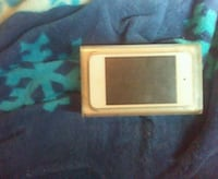 white iPhone 5 with case Spencer, 47460