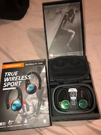 Plantronics Bluetooth wireless earbuds  Windsor Mill, 21244