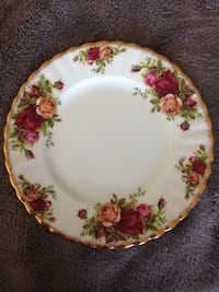 Royal Albert Old Country Roses 7 inch Plates Sherwood Park, T8H 0W1