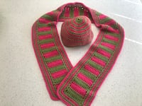 Hand made crochet scarf and hat set  Newmarket, L3Y 7K2