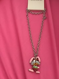 Forever 21 bunny necklace Mission