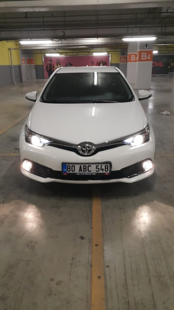2015 Toyota Auris 1.6 ADVANCE 55c4cb96-1624-4bcf-ba8b-989a9df99707