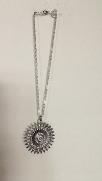 Hand crafted necklace  Lancaster, 93535