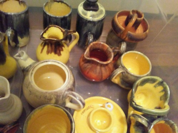 """Beautiful colourful very collectable Pottery"""" 78d089d5-f95b-4f06-a418-6438af27ba71"""
