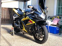 black and yellow Suzuki sports bike San Jose, 95130