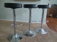 two black leather bar stools Monroe, 48161