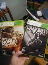 """2 xbox 360 games """"medal of honor & call of duty"""""""