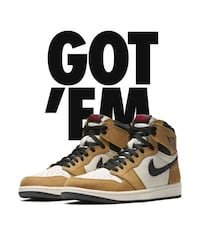 unpaired brown and black Nike high-top sneaker Bolingbrook, 60440