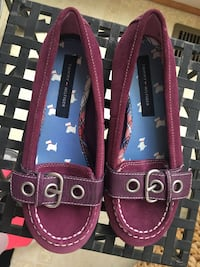 Girls size 1 suede plum Tommy Hilfiger shoes Centreville, 20120