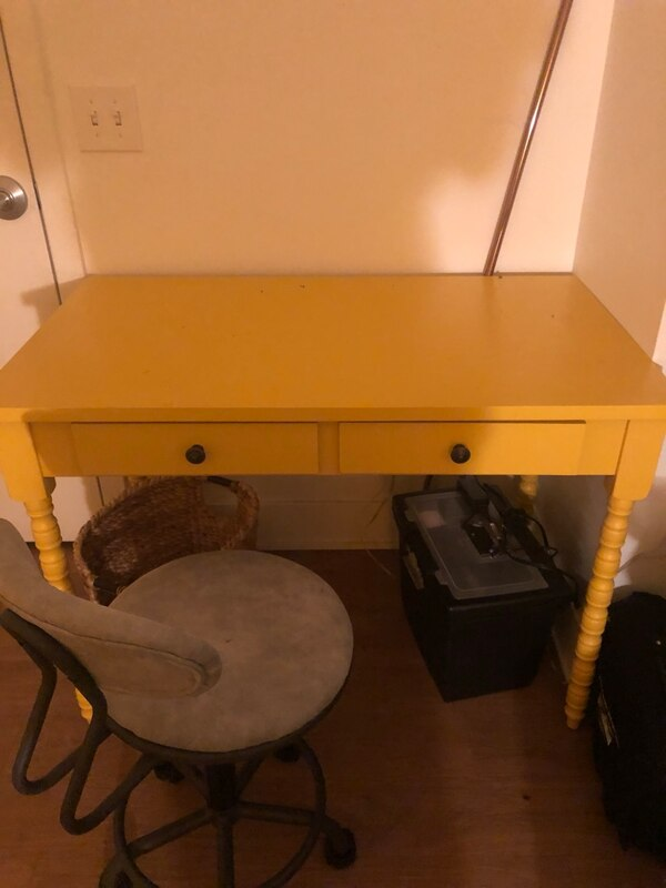 Office Desk Yellow. Comes with chair aa334b78-6719-4431-995a-77a04f9fc880