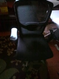1black  padded rolling arm office chair