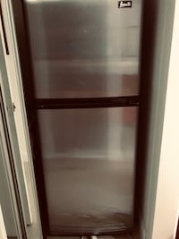 "brown Avanti - 24"" Stainless Steel 10.0 CuFt Compact Refrigerator-  45 DAYS USAGE - STILL PLASTIC ON Miami"