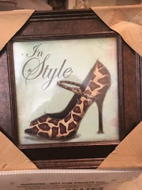 Beautiful framed leopard shoe with rhinestone Colts Neck, 07722