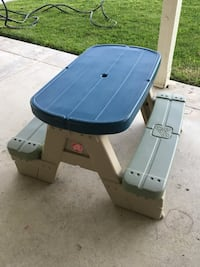 Step 2 Children's Picnic Table/Bench • In Like New condition Ventura, 93004