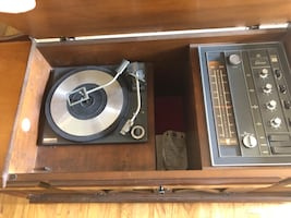 Vintage GE Record Player Stereo