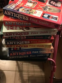 Antiques price guide book lot