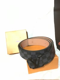damier graphite Louis Vuitton belt with box