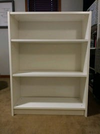 white wooden 3-layer shelf Warrenton, 20187