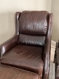 brown leather tufted sofa chair Centreville, 20121