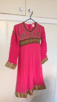 Pink and gold Indian suit Vaughan, L4K 2L3