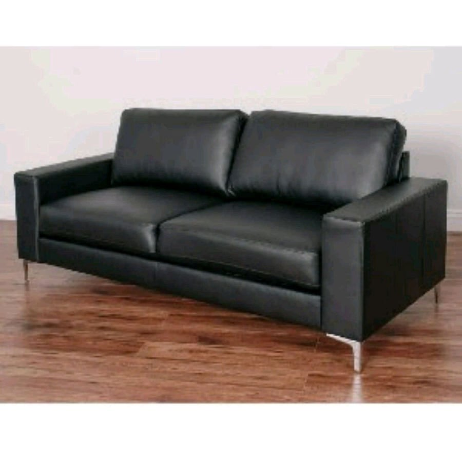 Black leather 2-seat sofa