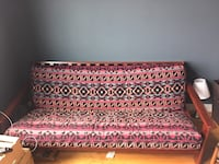 Patterned futon in excellent condition Washington, 20001