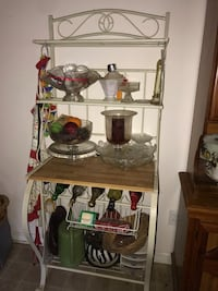 Wine rack bakers rack Hampton, 30228