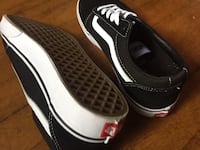 New without box Classic Vans Pittsburgh, 15206