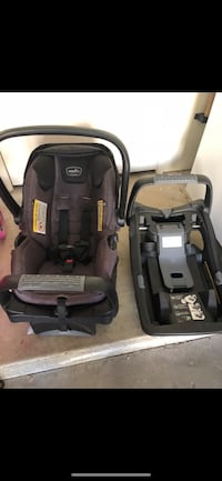 Black and gray car seat carrier Placentia, 92870
